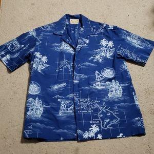 Men's Hawaii shirt size XL